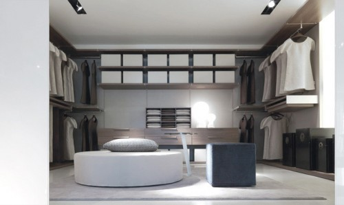 showroom JESSE - cabina armadio pouf LEON pouf COSIMO.jpg